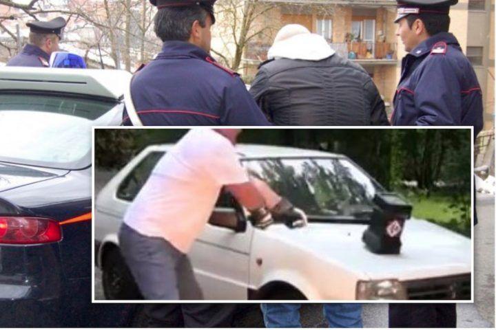 Melito, rissa in famiglia: prende la mazza e distrugge l'auto del fratello. Arrestato