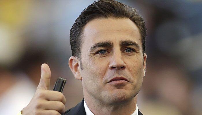 Napoli, Fabio Cannavaro indagato per reati fiscali