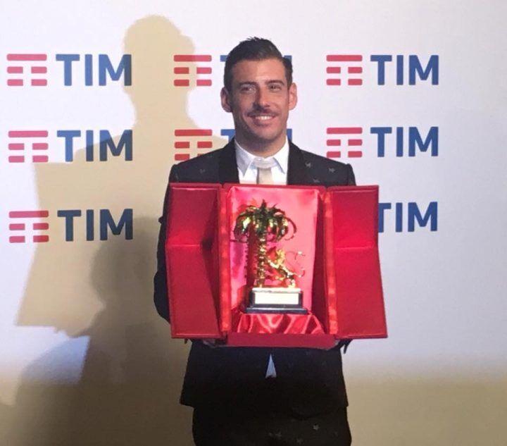 Francesco Gabbani Sanremo 2017 Occidentali's karma testo, significato, video. Amen