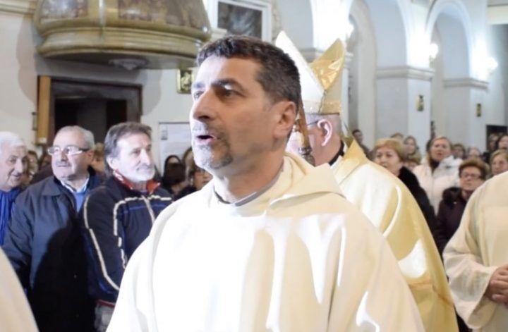 Giugliano, Don Raffaele Grimaldi saluta la comunità di San Nicola