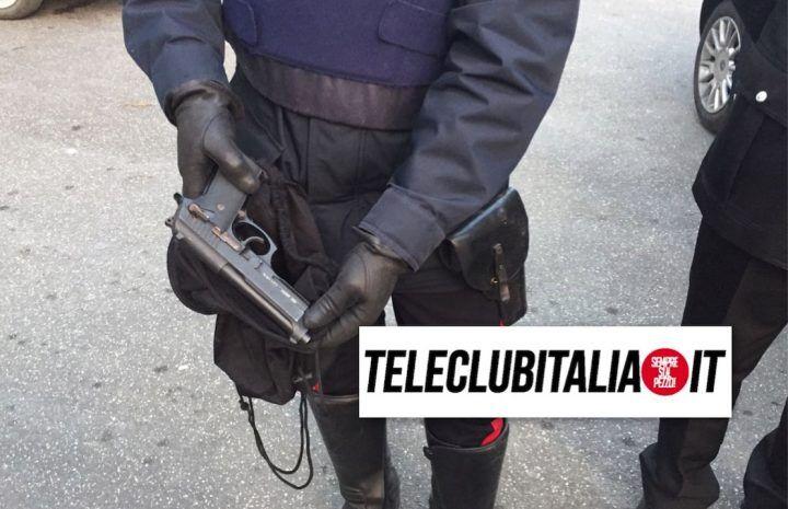 Giugliano, blitz dei Carabinieri alle Palazzine Ina Casa: trovata una pistola