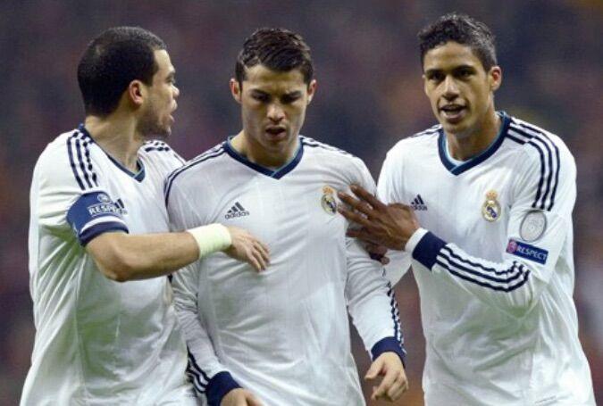Tegola per il Real Madrid. Varane potrebbe saltare il Napoli