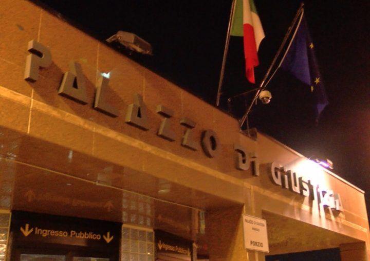 """Napoli, avvocati in sciopero della fame: """"Cassa forense troppo cara"""""""