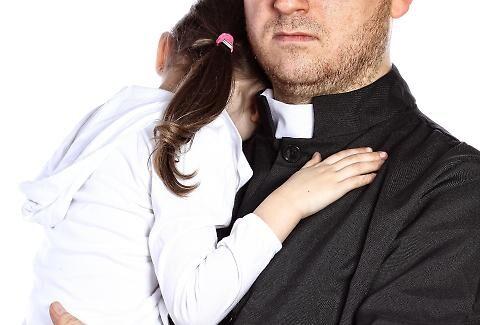 San Nicola Manfredi, ha abusato di due minori. Ex parroco condannato