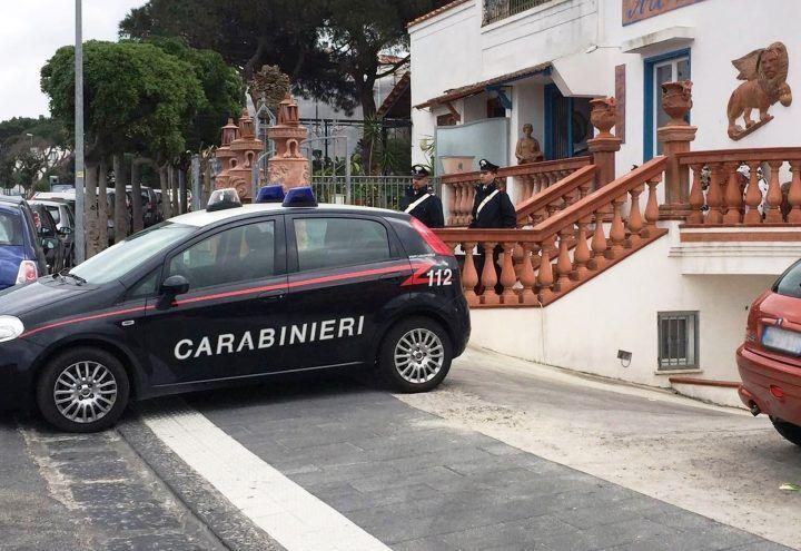 Ladri di ceramiche arrestati a Casamicciola