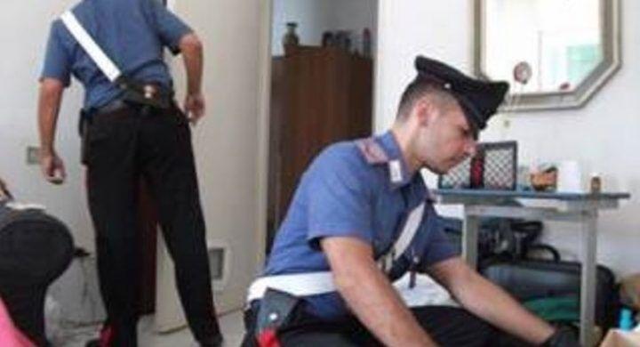 Bagnoli, genitori invalidi sequestrati e senza cibo: arrestato 27enne