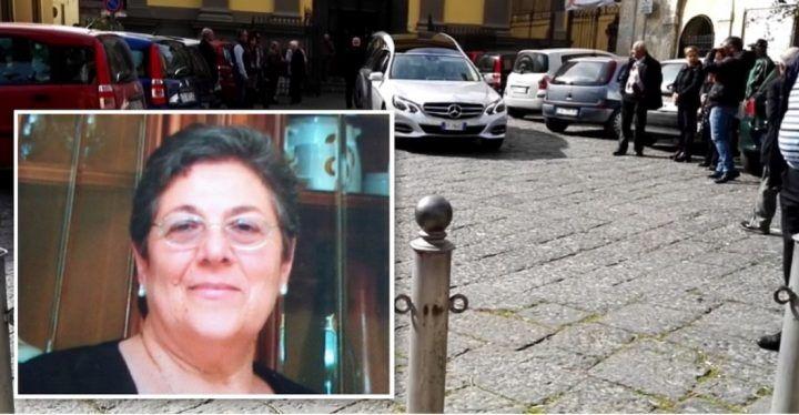 Travolta e uccisa sull'Asse Mediano, a Villaricca i funerali di Antonietta De Alteriis