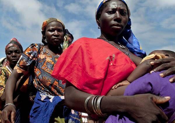 Abusi sessuali, reclusione e violenze: due nigeriane salvate a Napoli. Una è incinta