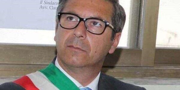 Blitz della Finanza: arrestato l'ex sindaco di Pompei Claudio D'Alessio