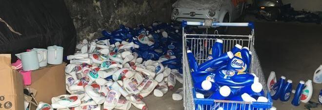 Napoli: Ace, Dixan e General pericolosi, sequestrata fabbrica di detersivi contraffatti