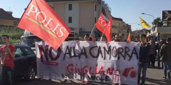 Giugliano, tantissimi giovani per la marcia anti camorra di Polis