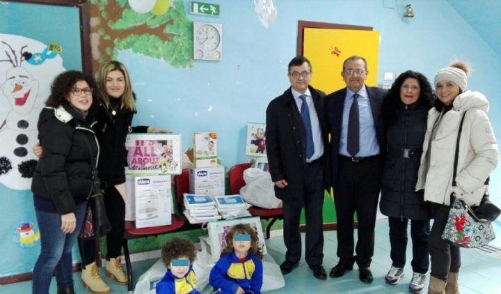 Giugliano, solidarietà: donati termometri, scaldabiberon e lenzuola alla pediatria del Moscati