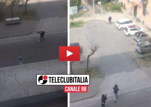 Rapina alla banca Credem di Marano, video choc: malviventi con fucili in strada