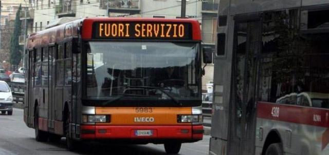 Sciopero dei mezzi pubblici: lunedì nero per Napoli e Provincia