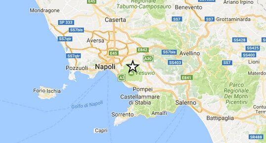 Terremoto oggi, piccola sequenza sismica a Napoli. Lo dice l'INGV