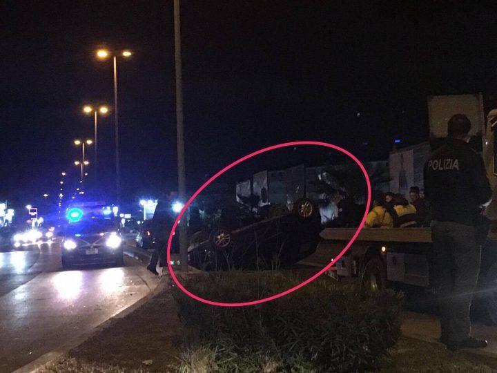 Giugliano: spaventoso incidente sulla circumvallazione esterna, auto ribaltata