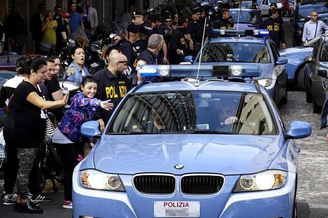 Caivano, spaccio di cocaina al centro storico: presi 4 pusher