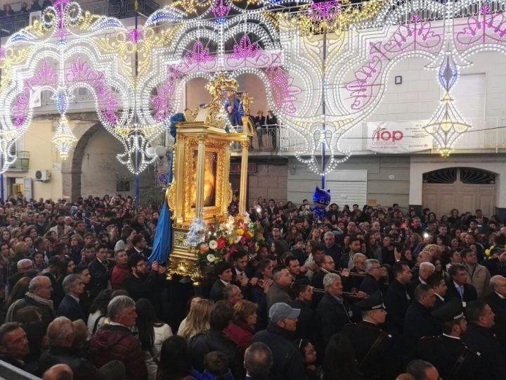Parete: grande partecipazione di fedeli per le celebrazioni in onore della Madonna della Rotonda