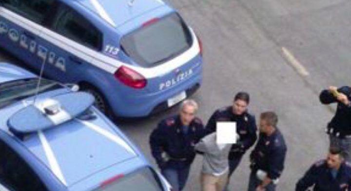 Napoli, scappa perché senza patente: spari e fuga da Bagnoli a Posillipo. Arrestato 18enne