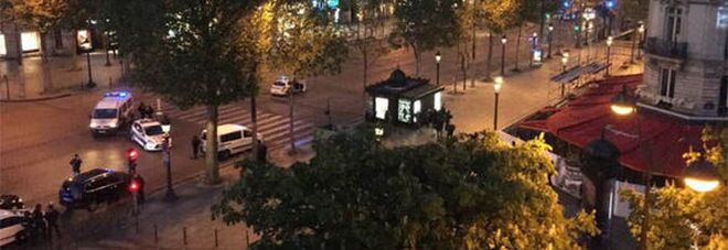 Attentato terroristico a Parigi, due morti agli Champs Elysees. VIDEO