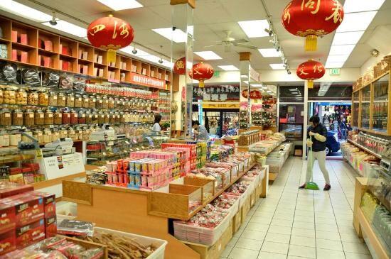 Farmacie cinesi abusive: sequestrati molti farmaci di uso comune