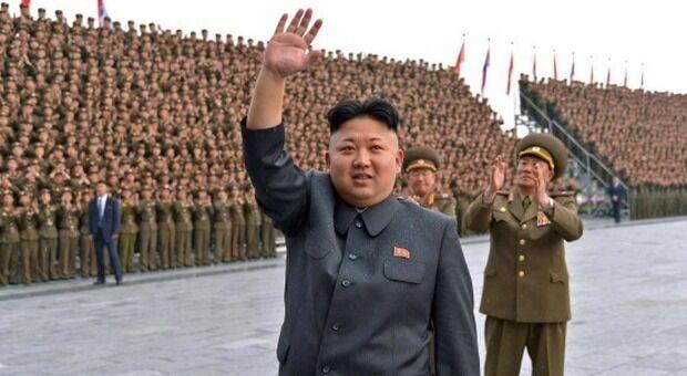Corea del Nord pronta a lanciare missili contro portaerei Usa
