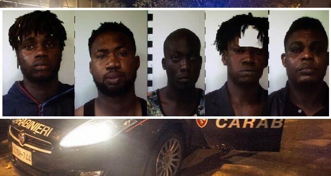 Gricignano, maxi rissa in via Aversa: 5 arresti dei carabinieri