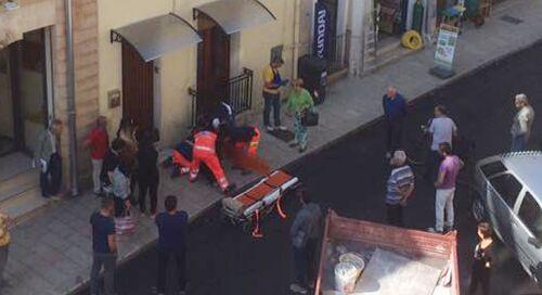 Lusciano, donna si sente male e si accascia al suolo: corsa in ospedale