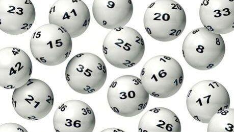 Estrazione Lotto e Superenalotto 29 aprile: nessun 6 e 5+1
