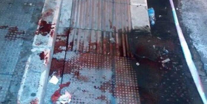 Napoli, rapina finita nel sangue: 34enne gambizzato nella notte