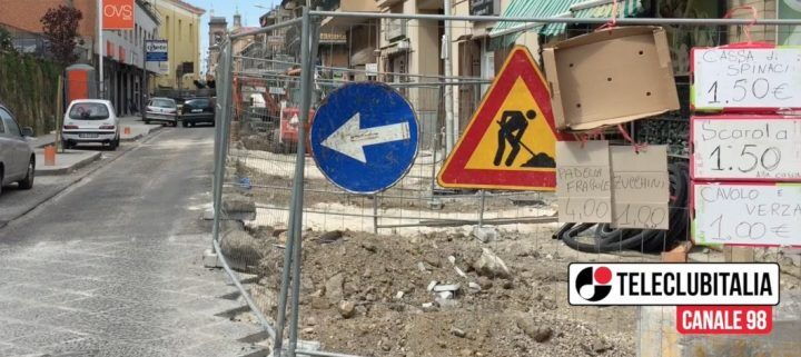 """Giugliano, cantiere """"lumaca"""" tra San Nicola e via Colonne"""