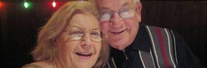 Amore oltre la morte: muoiono a distanza di 40 minuti l'uno dall'altra