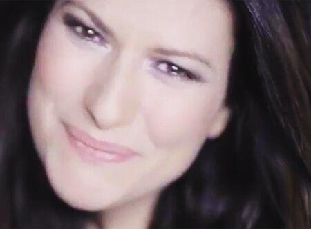 Laura Pausini in lutto: muore la nipotina di tre anni per una terribile malattia