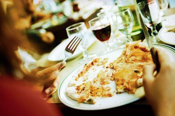 Cesena, 33enne muore dopo aver mangiato al ristorante asiatico