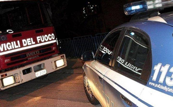 Napoli, agenti attirati dal forte odore: denunciato studente con serra di marijuana