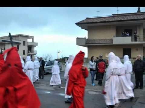 Choc a Sarno, donna muore durante la processione