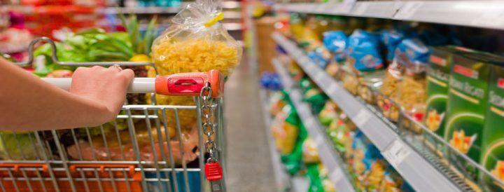 25 aprile, supermercati e centri commerciali aperti a Roma, Milano, Napoli