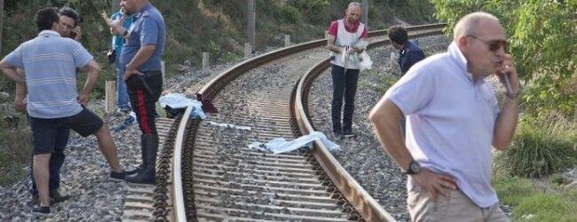 Torre Annunziata, travolto dal treno: muore Domenico Federico
