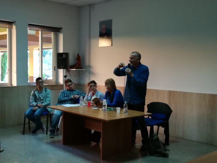 Giugliano. Il poeta Franco Arminio presenta il suo nuovo libro all'Associazione Minerva