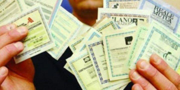 Falsi documenti per Rca scontata su auto immatricolate a Napoli, 36 indagati