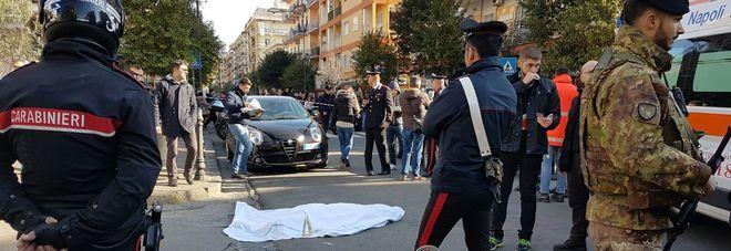 """Napoli, agguato nel pub """"La Zingara"""": ucciso Carmine Picale"""