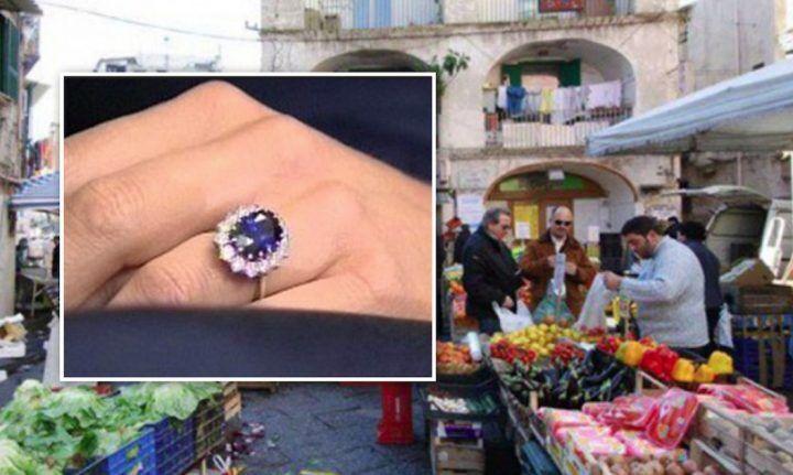 Compra un anello in un mercatino per 10 sterline: ne vale 350mila