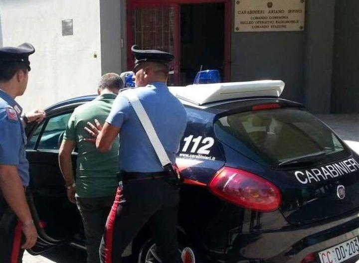 Villaricca, scoperta centrale per documenti falsi: arrestato un uomo