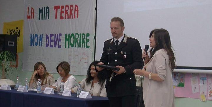 Cyber bullismo, incontro alla scuola Don Diana di Varcaturo
