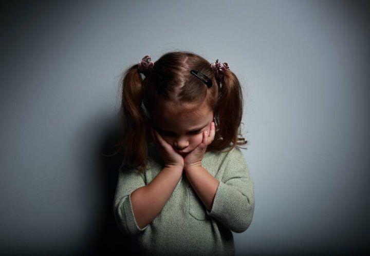 Sessa Aurunca, abusi sessuali su bambina: arrestato pedofilo