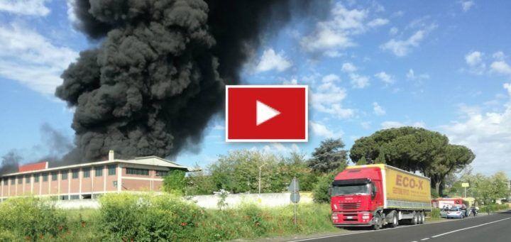Pomezia, incendio oggi alla ECOX: nube tossica verso Roma