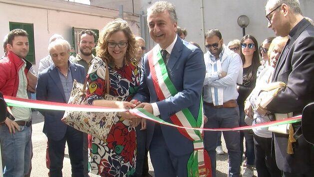 Qualiano, inaugurata la nuova biblioteca comunale