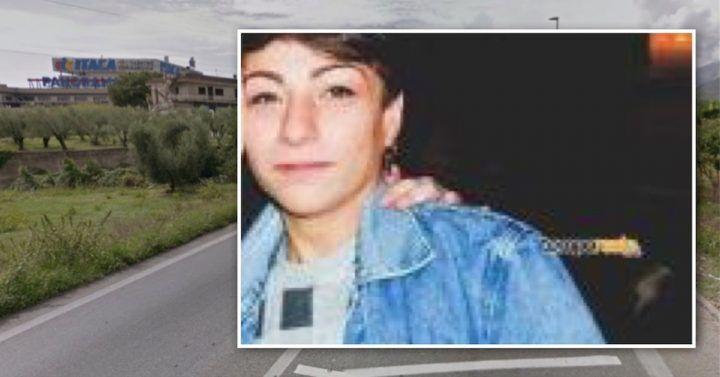 Scooter contro un'auto, muore una ragazza di 21 anni a Formia