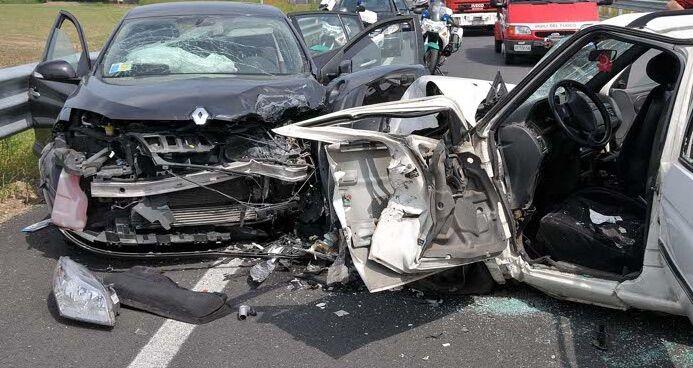 Gricignano, incidente frontale tra auto: grave giuglianese