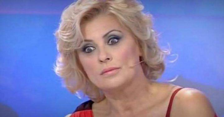 Tina Cipollari lascia Uomini e Donne. Ecco la verità